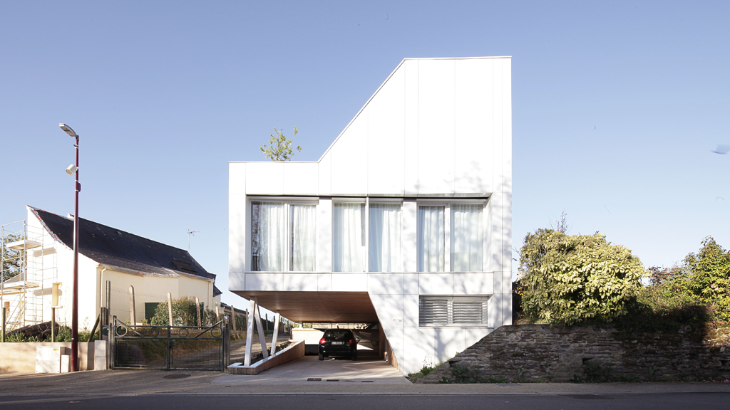 Une villa design faite de containers