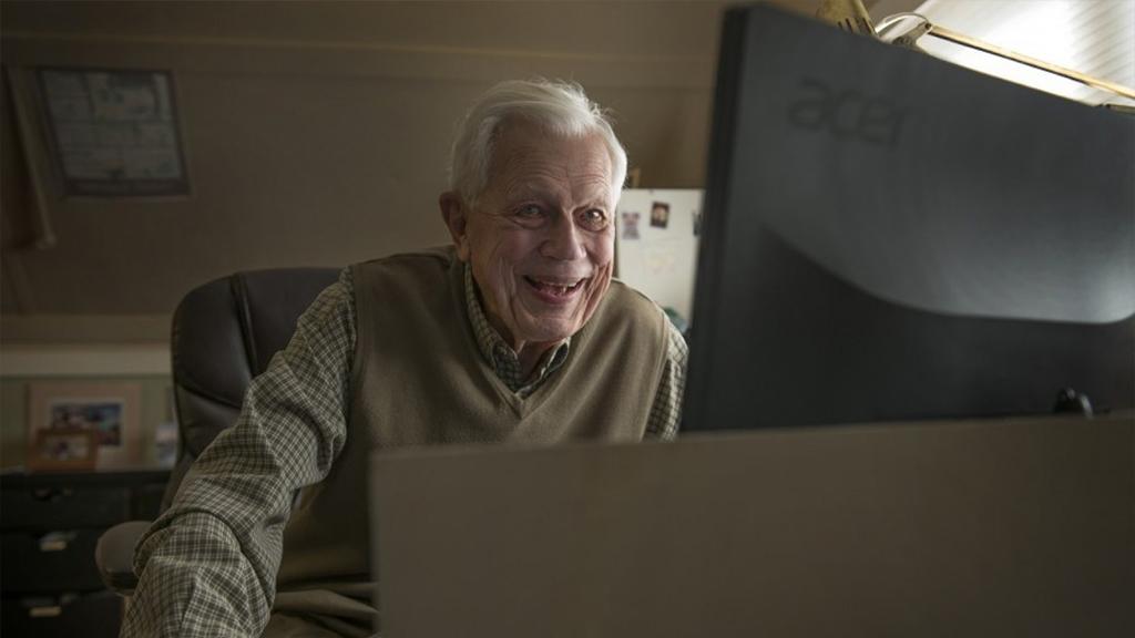 Ron, 90 ans, le papy le plus cool d'Internet