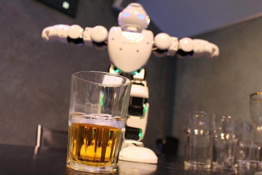 On a bu des bières avec des fadas de robots !