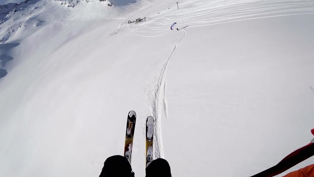 Viens avec moi, je t'amène voler en ski