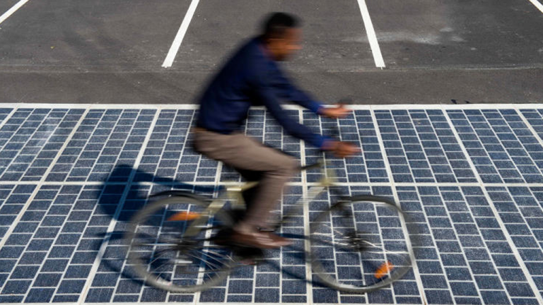 La première route solaire au monde est française !