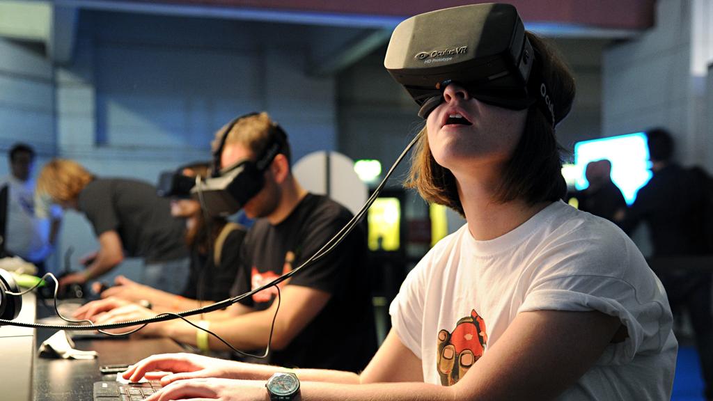 Reportage : la réalité virtuelle, l'innovation aux frontières du réel