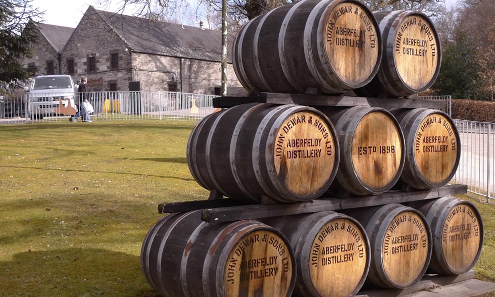 En Écosse, le whisky réchauffe les cœurs... et les maisons!