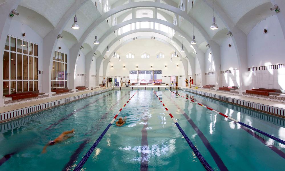 À Paris, une piscine chauffée avec vos données