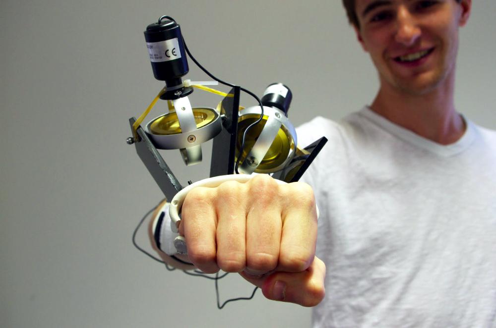 Un gant magique pour en finir avec Parkinson