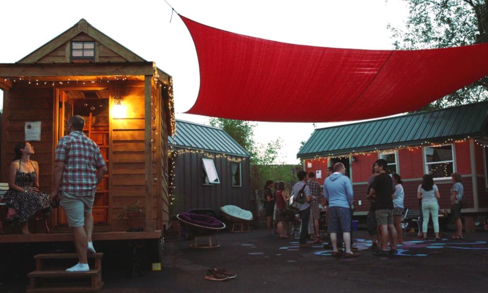 Portland offre des maisons à ses habitants pour accueillir des SDF