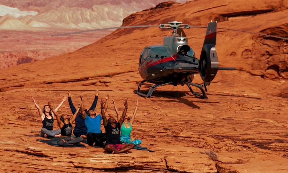 Plus zen grâce à des cours de yoga... en hélicoptère !