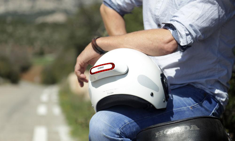Mieux motard que jamais : ce casque peut appeller les secours !