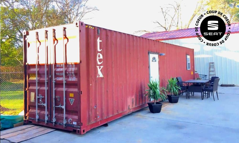 Une maison tout confort à l'intérieur d'un container