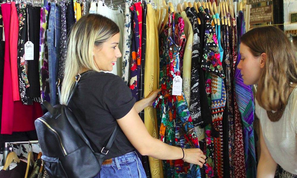 Des vêtements à louer pour un dressing illimité