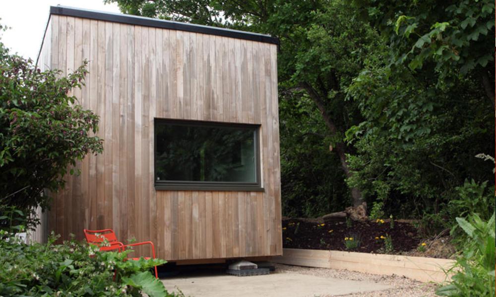 Avis aux célibataires : une mini maison écolo à 12 000 €