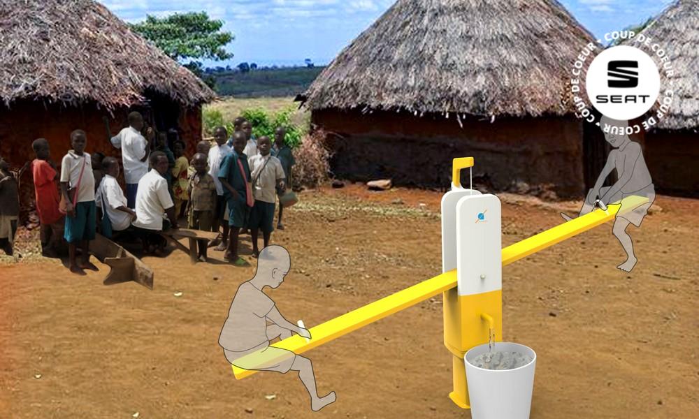 Des balançoires à pompe pour puiser l'eau en Afrique