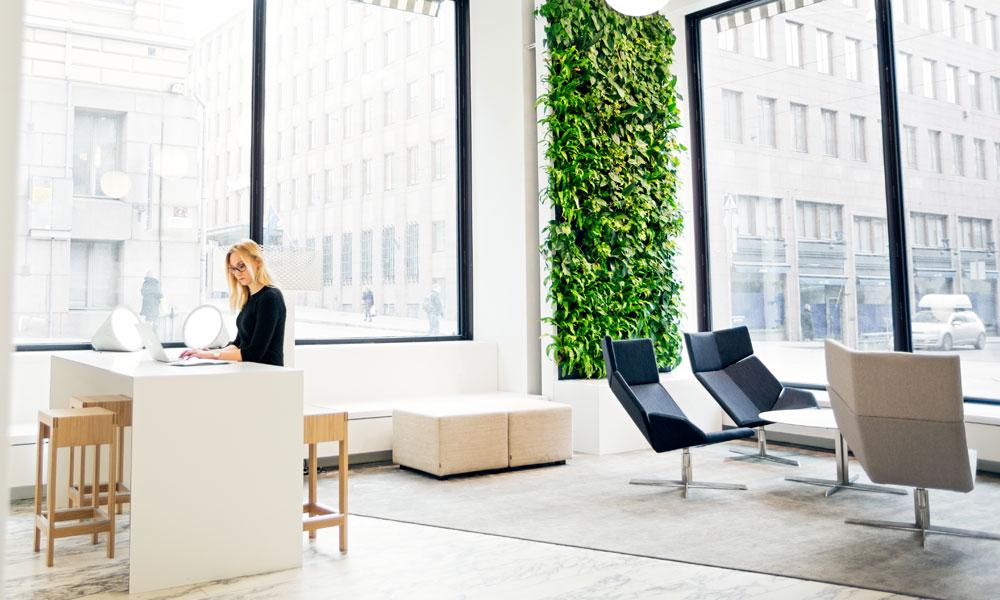Des murs végétaux intelligents pour rafraîchir l'air intérieur