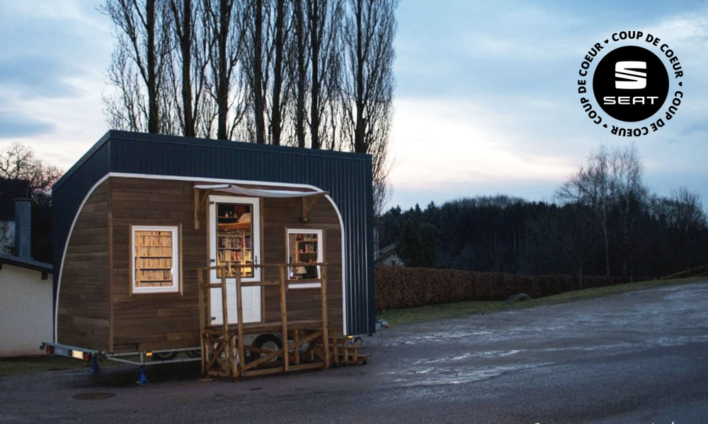 Cette maison à 4 roues est une bibliothèque nomade