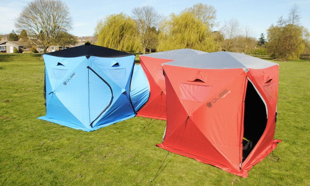 Un mini village au camping grâce à ces tentes interconnectées