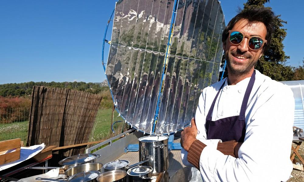 À table dans le premier restaurant solaire de France