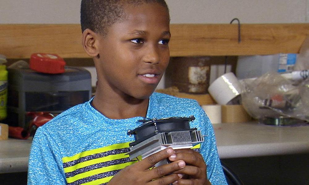 À 11 ans, il crée un ventilateur qui sauve des bébés de la canicule