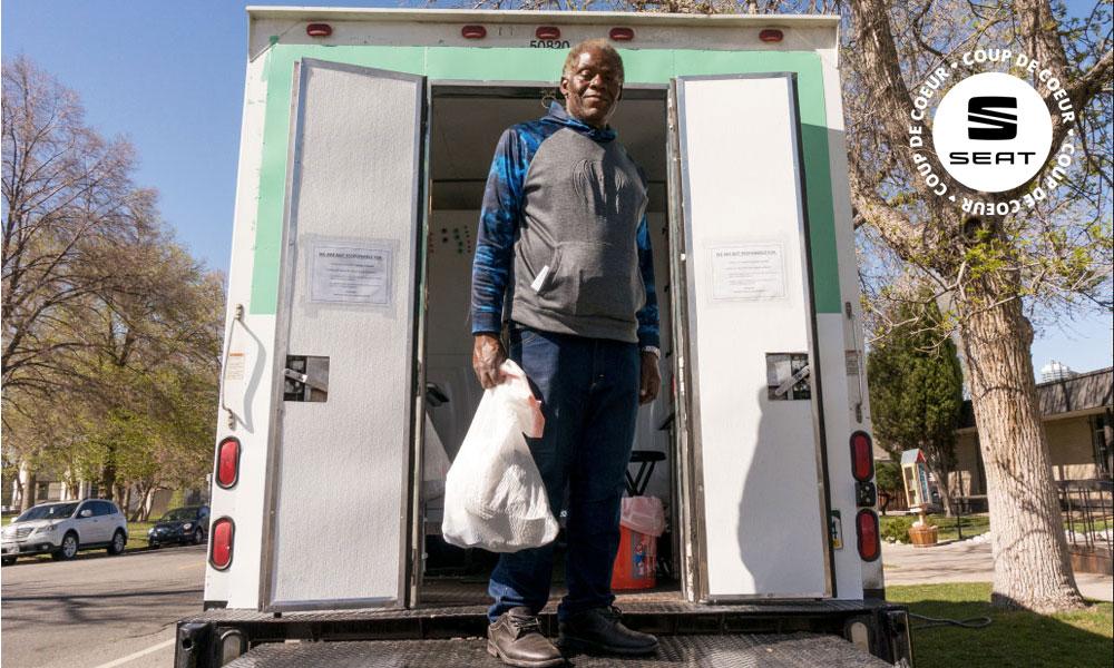 Cet ancien SDF gère une laverie mobile pour sans-abri