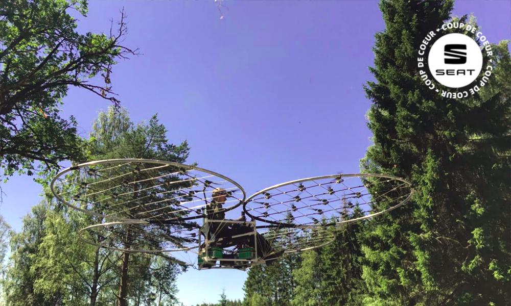 Ce youtubeur a construit le premier quadcopter et maintenant il vole