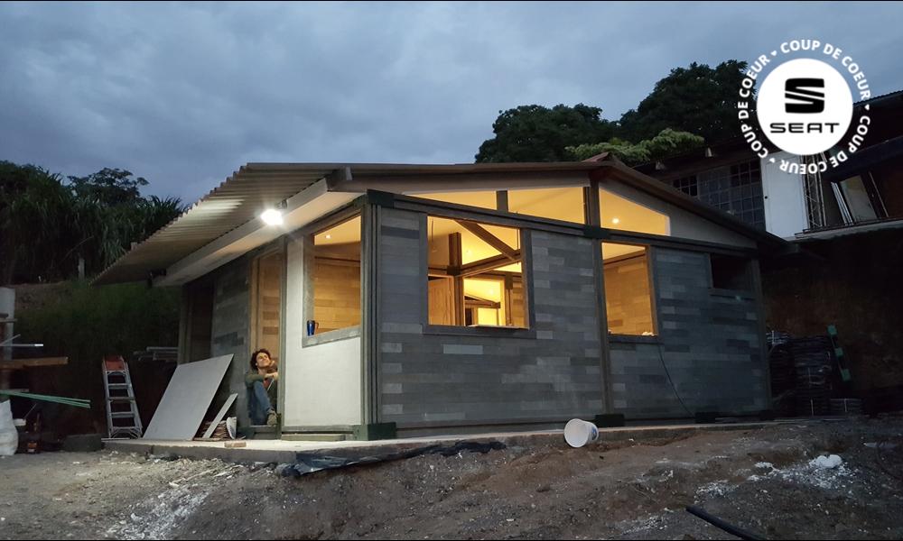 Cette maison en plastique se monte en 5 jours et ne coûte que 6000 euros