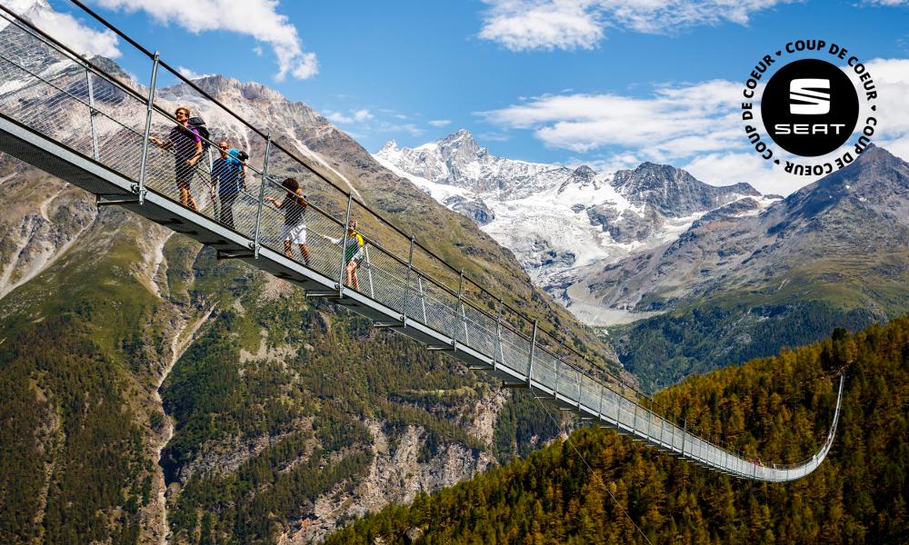 Un trek de l'extrême sur le plus long pont suspendu du monde