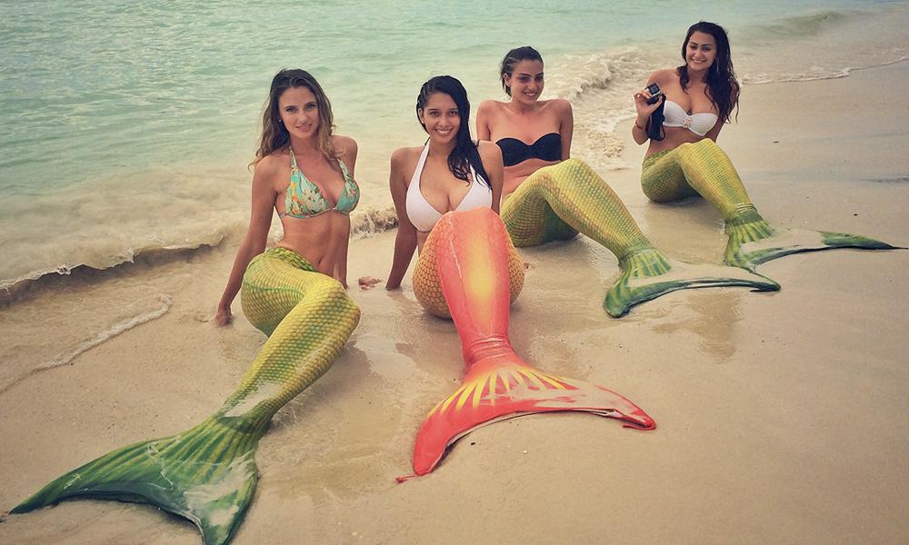 """Devenez une sirène au corps de rêve grâce au """"mermaiding"""""""