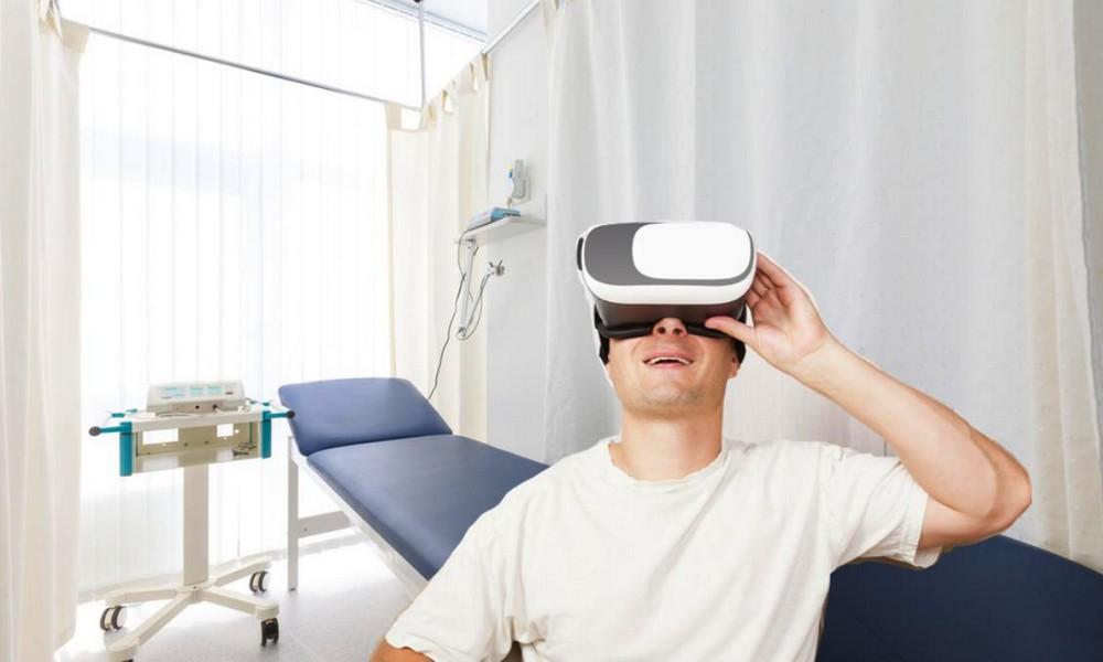 Une banque de sperme s'associe à un studio de films porno en réalité virtuelle