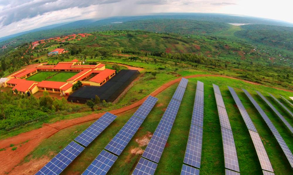Ce village d'orphelins produit 10% de l'énergie solaire du Rwanda