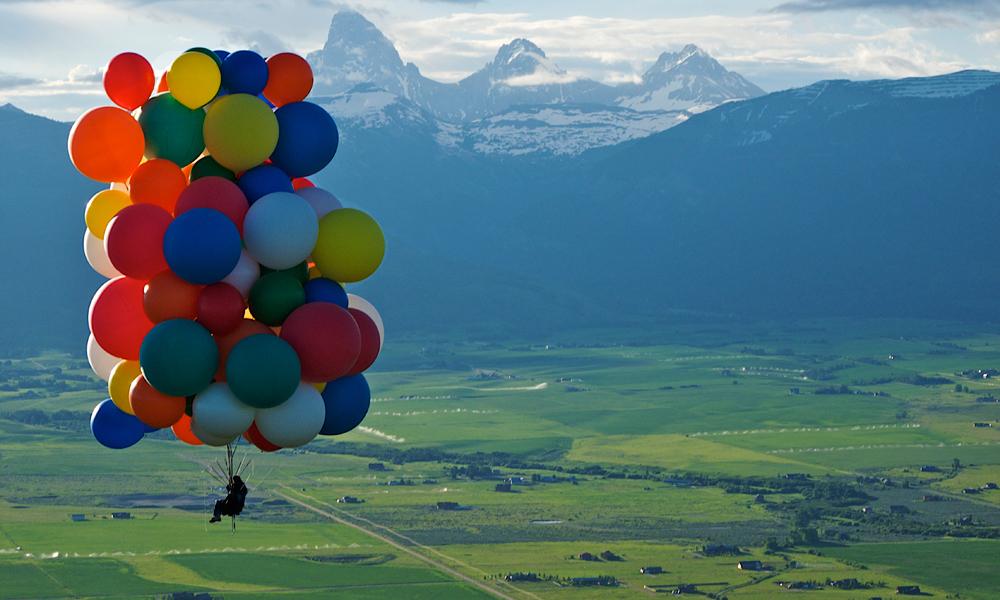 """Envolez-vous là-haut grâce au """"Cluster Ballooning"""""""