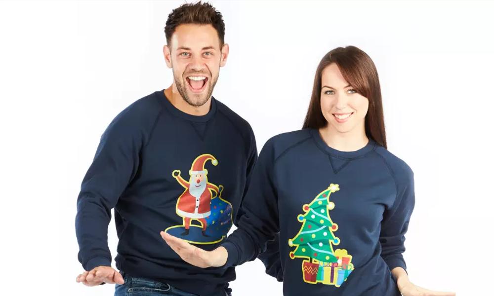 Moches mais éco-responsables, ces pulls de Noël sont garantis 30 ans