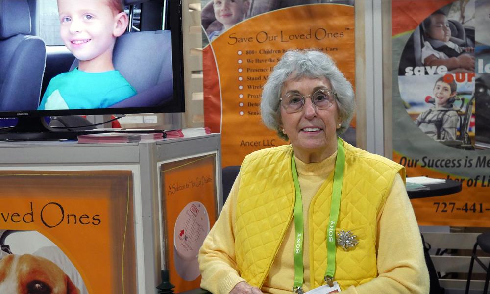 Cette mémé de 82 ans va sauver les bébés oubliés en voiture