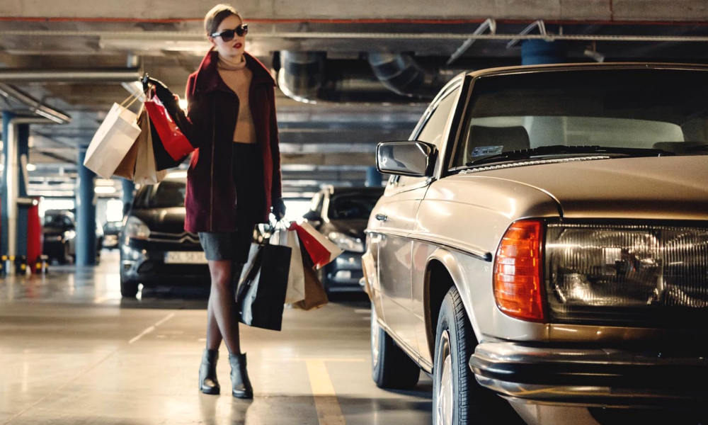 À Paris, les parkings privés font exploser le prix du stationnement