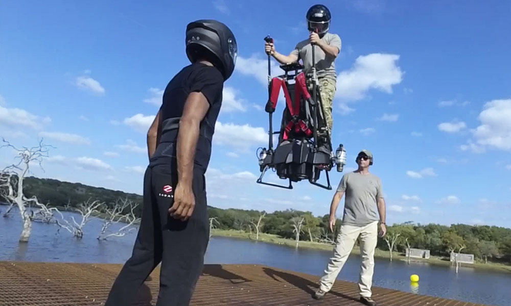 """Ce jetpack """"made in France"""" se pilote comme un simple Segway"""