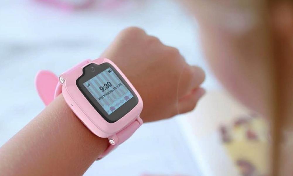 Un bracelet pour que nos enfants se baladent en ville sans danger