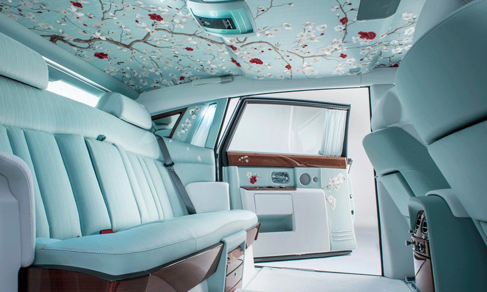 Cinq intérieurs de voitures complètement dingues