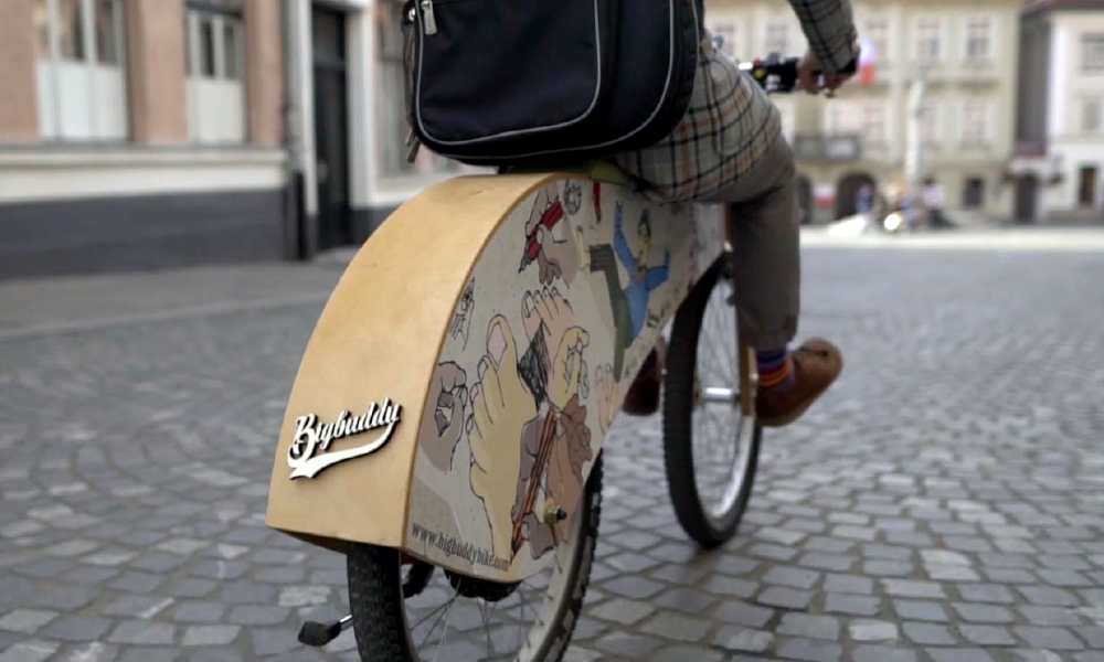 Encore plus cool qu'un vélo : un vélo électrique en bois