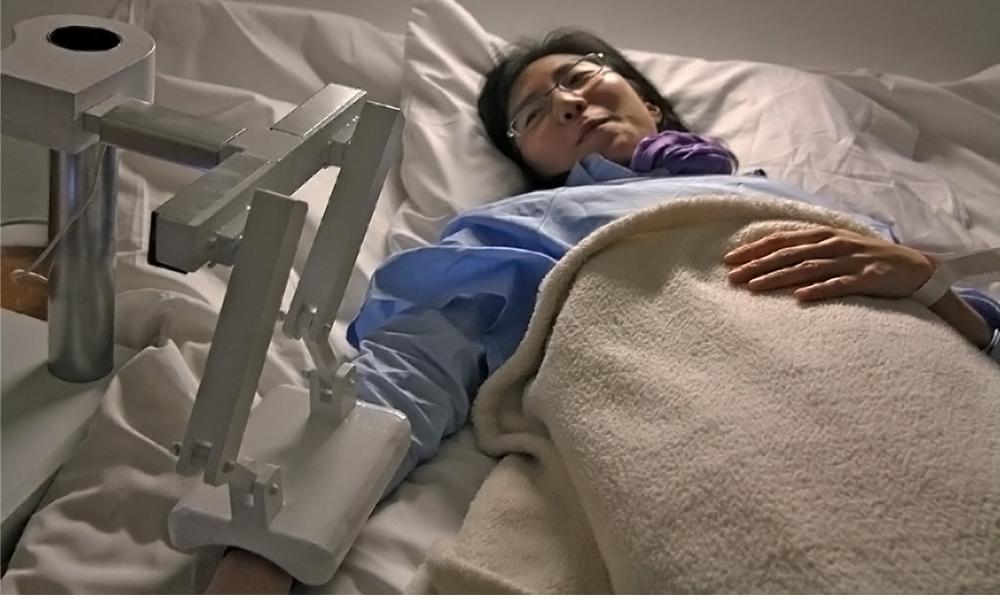 Mourir tranquille grâce à ce robot qui vous tient la main