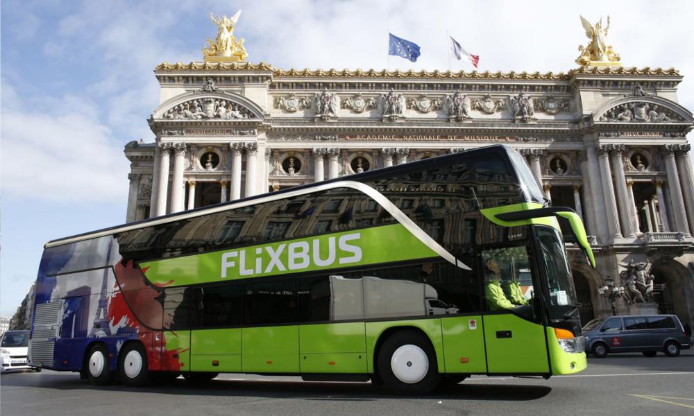 La France inaugure la première ligne de cars 100 % électrique