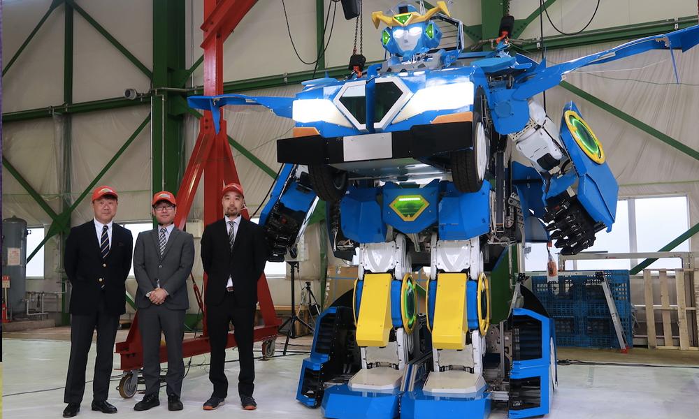 Cette voiture peut se transformer en robot géant