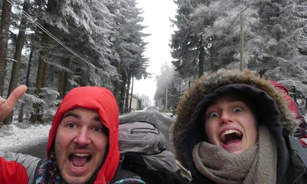 Sans voiture ni argent, ce couple a fait le tour de France en 6 mois