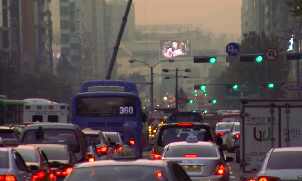 Moins d'embouteillages grâce à ces feux intelligents qui s'adaptent au trafic