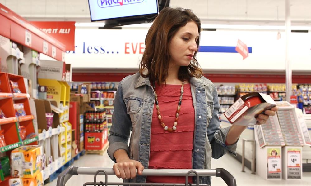Des supermarchés anti-gaspi où les prix baissent en temps réel