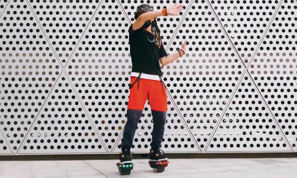 """Entre le roller et le skate électrique, maintenant il y a les """"hovershoes"""""""