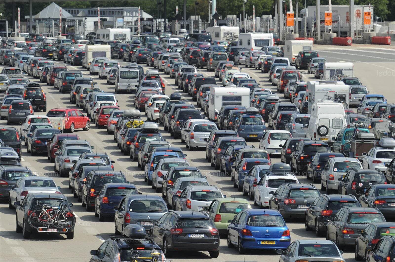 Des députés veulent imposer une taxe sur les embouteillages