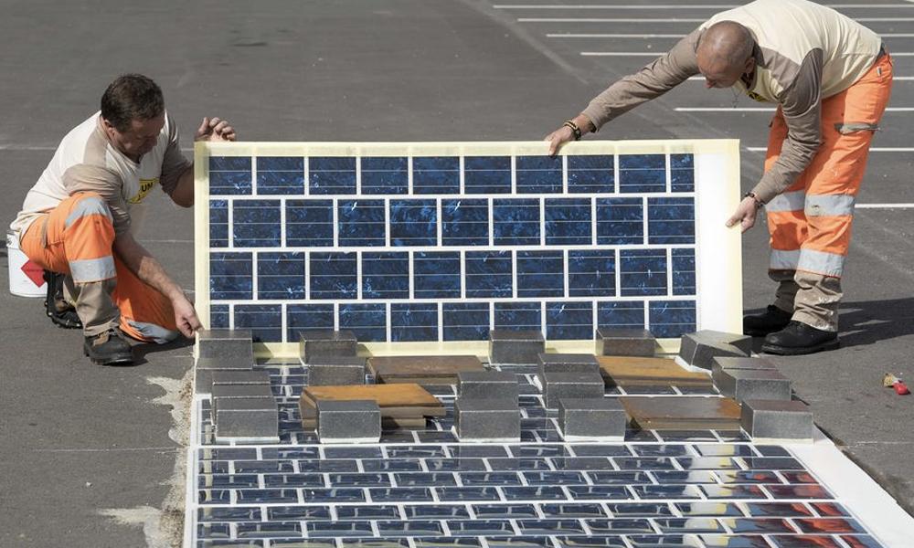 À Chambéry, un tronçon de route solaire unique au monde