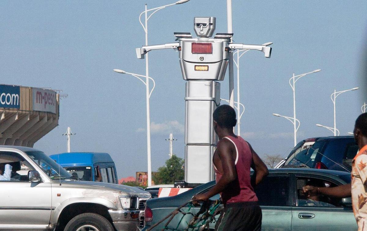 À Kinshasa, des robots pour réguler la circulation