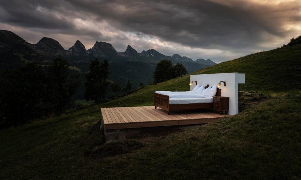 Dormir à la belle étoile dans cet hôtel suisse sans toit ni murs