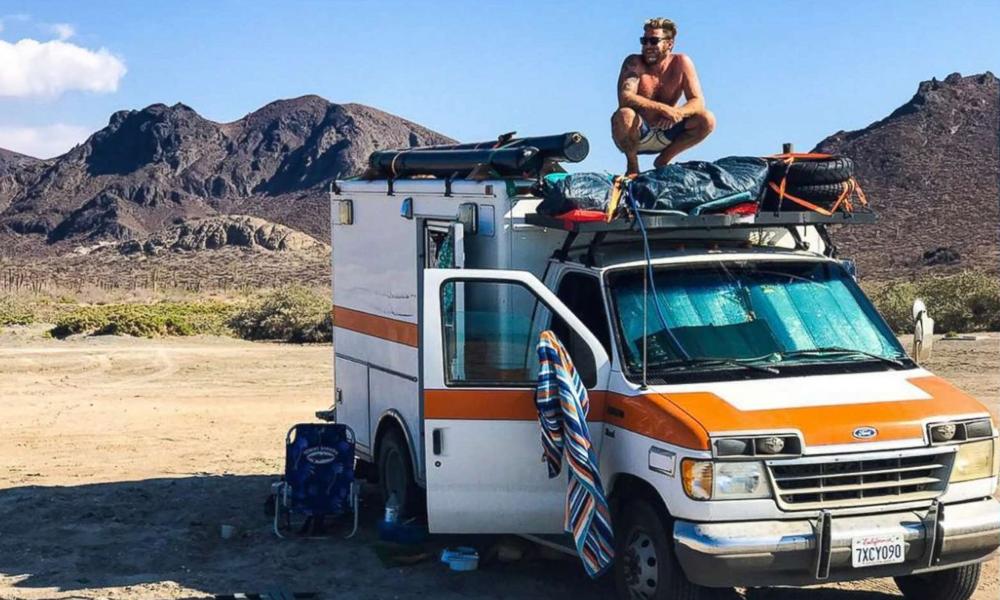 Cet Américain habite dans une ambulance et va très bien (merci)