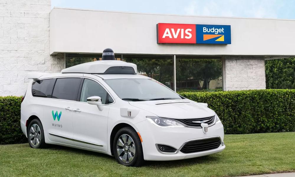 Demain, vous irez récupérer votre voiture de location en véhicule autonome