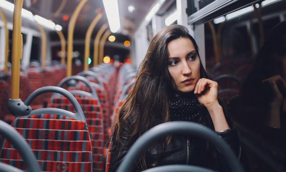 Contre le harcèlement de rue, les bus de nuit s'arrêtent à la demande